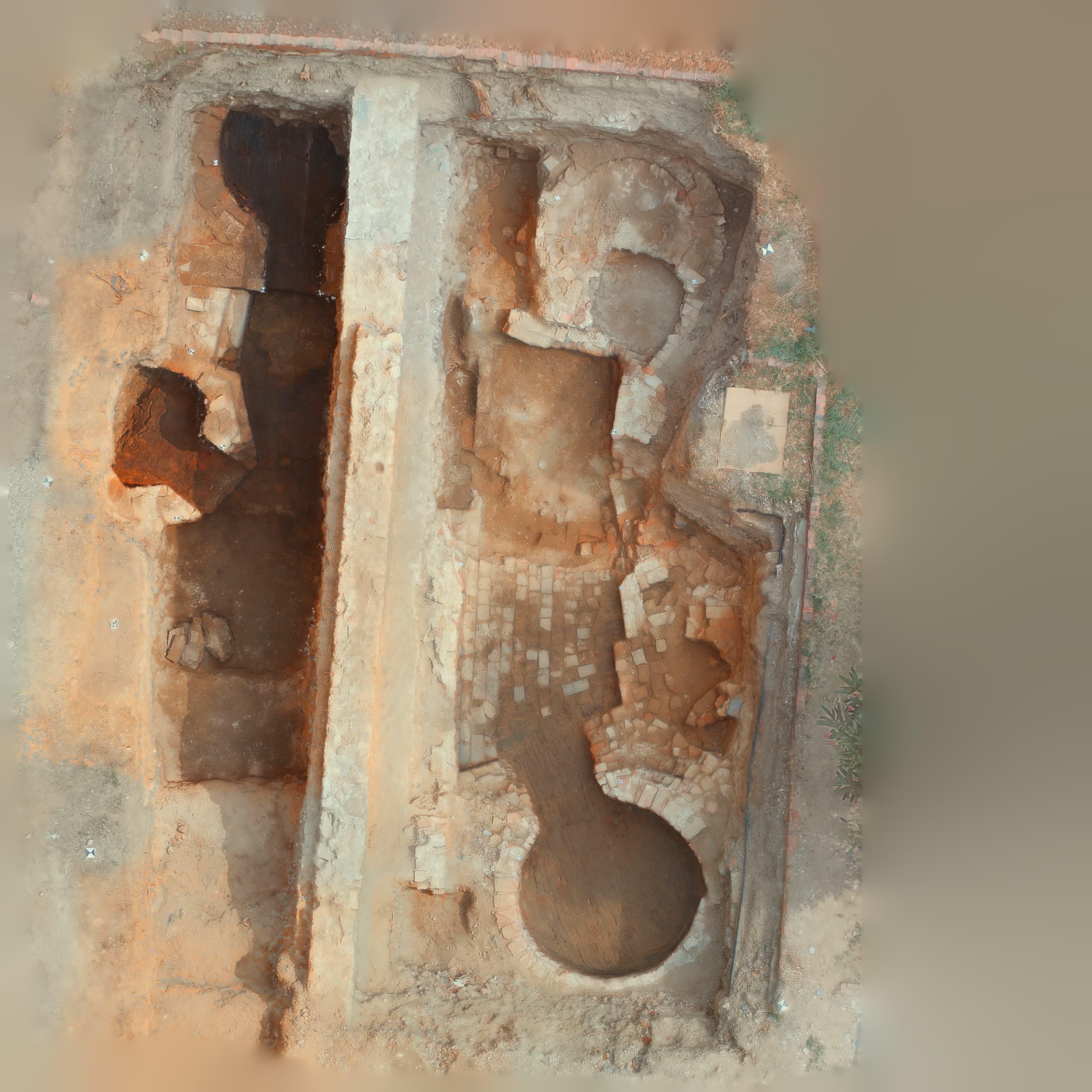 scavi palazzo franchetti agosto 2016-min